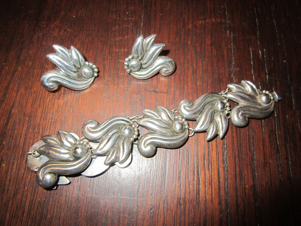 Early Taxco, Mexico Sterling Link Bracelet with Earrings