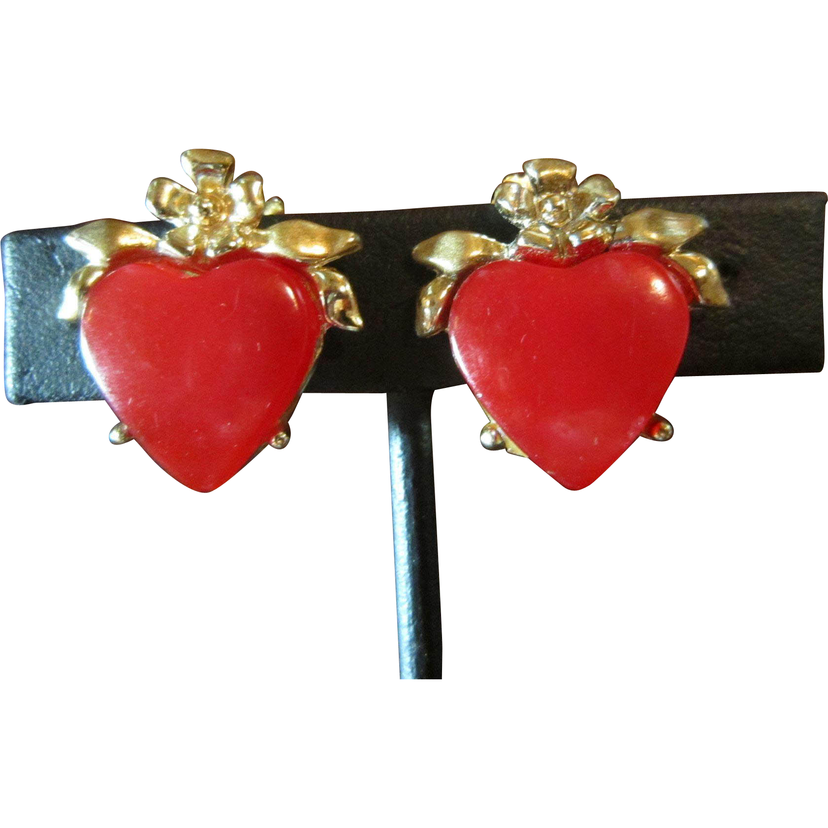 Leru Moonglow Red Heart Earrings with Gold Tone