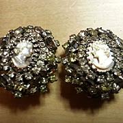 HOBE Cameo mirrored oval earrings