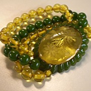 Vintage Beaded & Carved BAKELITE Stretch Bracelet