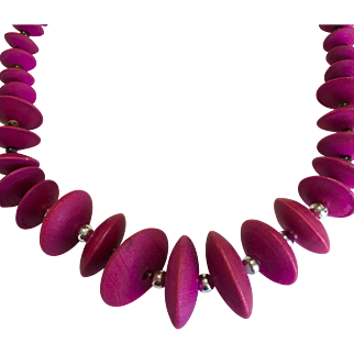 Lovely Fusia Beaded Necklace