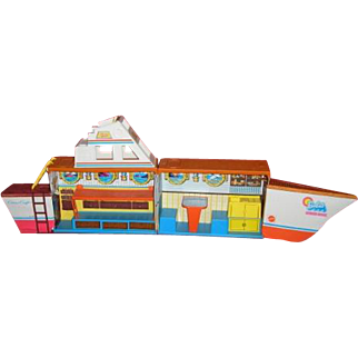 1974 BARBIE Dream Boat complete with Chris Craft carry case