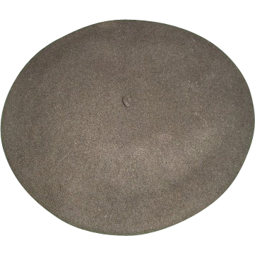 Vintage 100% wool Beret De Luxe from France. French item number W.P.L. 10888 Size 7-1/4