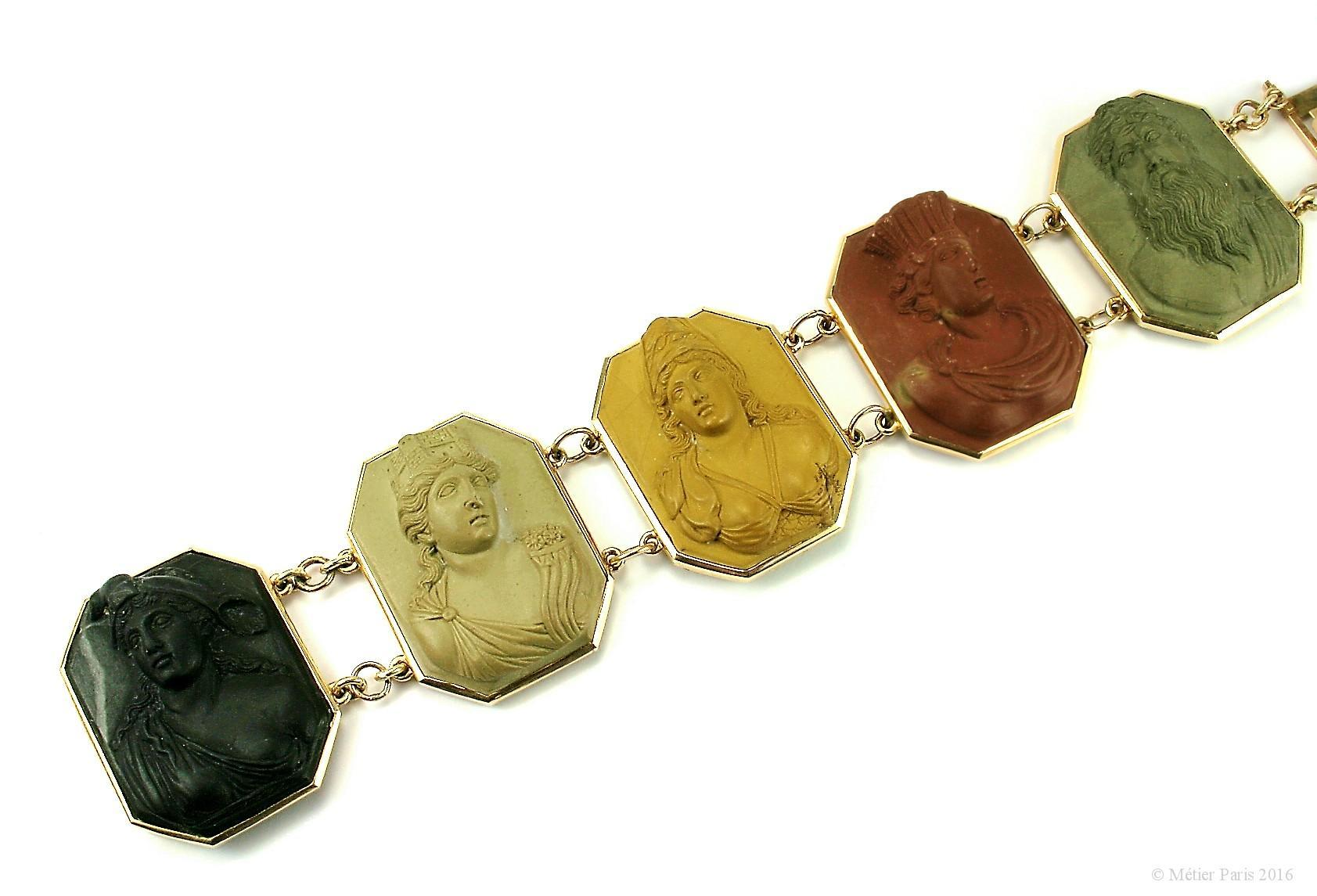 A Very Fine Antique Neoclassical Lava Cameo Bracelet, c. 1790 – 1810