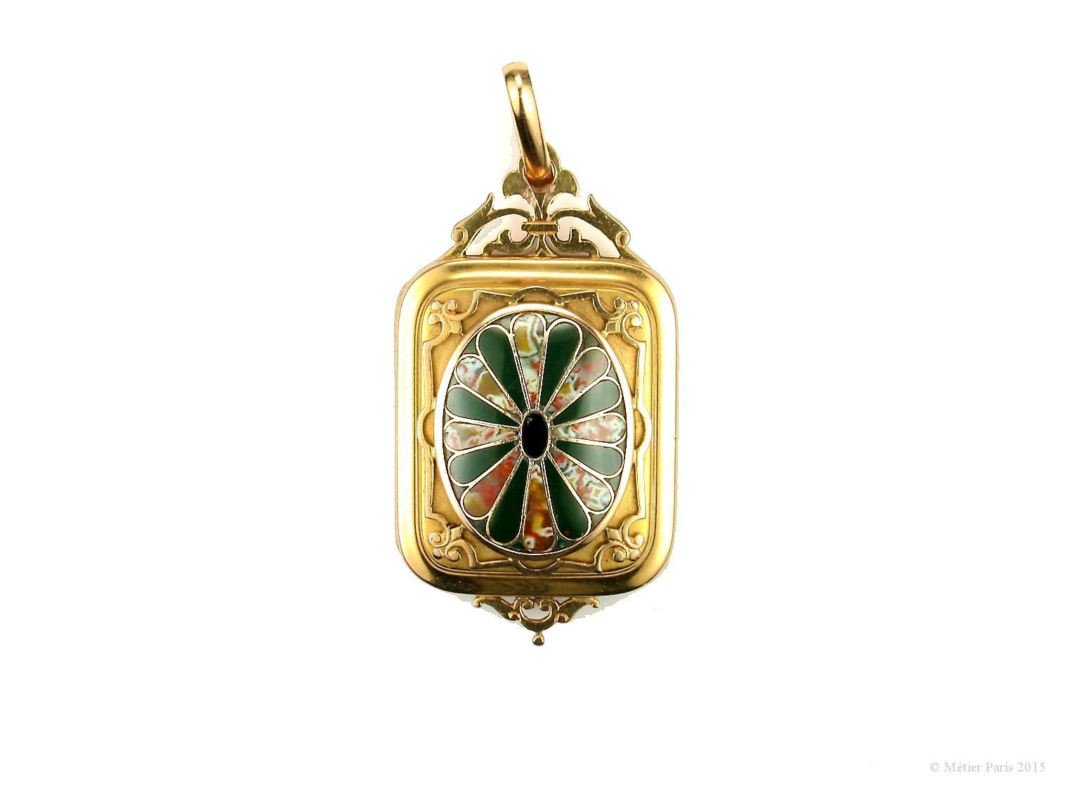 A Fine Victorian Scottish Agate Locket Pendant, mid- to late-1800s
