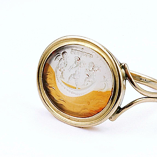 Band of Angels: Unusual 18th Century Intaglio Ring, Italy, 1790 - 1815