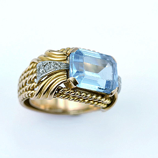 Vintage Synthetic Blue Spinel Cocktail Ring in Gold & Platinum, circa 1950s – 1960s