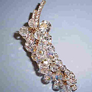 VINTAGE Delizza and Elster  Julianne  Rhinestone and Crystal Cluster of Grapes Awesome!!