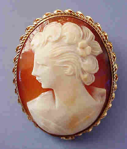 Medium Large Gold-Filled Shell Cameo Brooch Woman with Pretty Curls