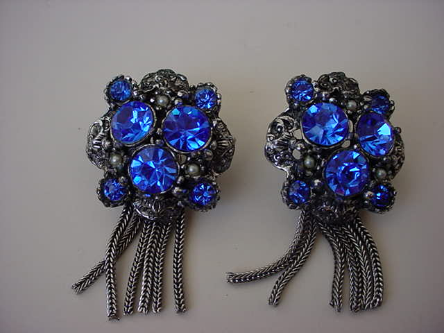 VINTAGE Glorious Blue Fringe Earrings Unsigned