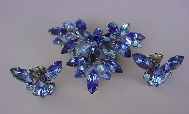 VINTAGE Shades of Blue Butterfly Brooch and Earrings