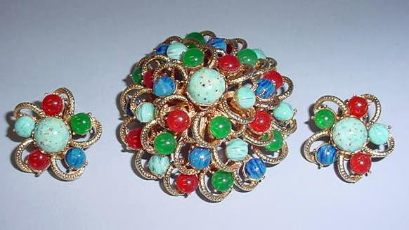 VINTAGE Brooch and Earring using Many Native Stone Gems