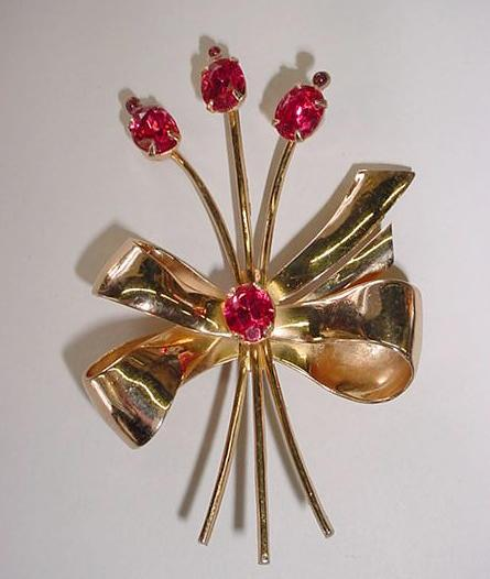 BOOK-PIECE Coro Retro Brooch  Bows and Flowers!! Vintage
