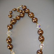 VINTAGE Lisner Brownish Pearl-like Beads and Faceted Cut Glass Beads Choker Necklace