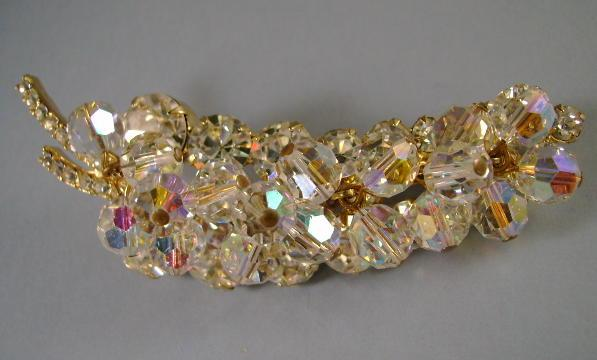 VINTAGE Delizza & Elster  Juliana  Rhinestone and Crystal Brooch Classic!