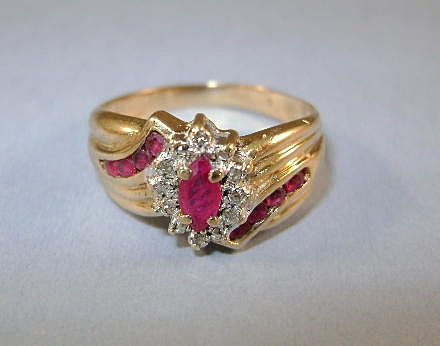 VINTAGE  10K Ruby and Diamond Ring Size tight 7