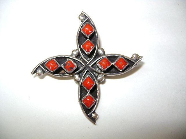 "VINTAGE Zuni Made Coral ""Star Fish Like"" Lapel Brooch Sterling"