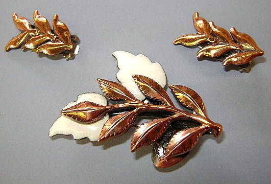 VINTAGE Matisse-Renoir Laurel Brooch and Earrings Glory of Copper!