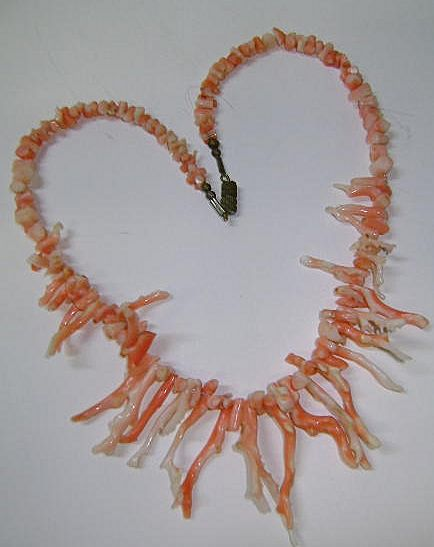VINTAGE  Angel Skin Branch Coral Necklace