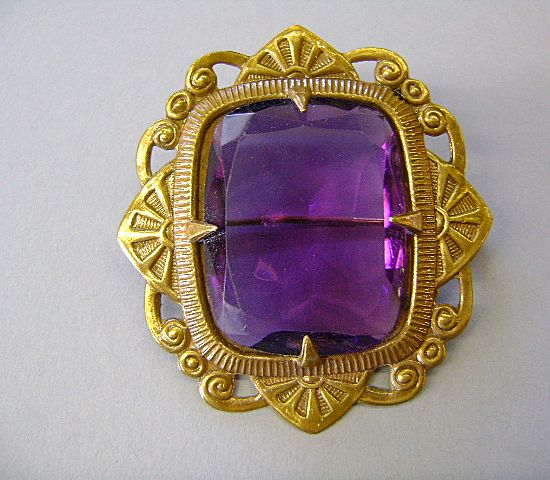VINTAGE Fancy Purple Brooch Fit for a King!