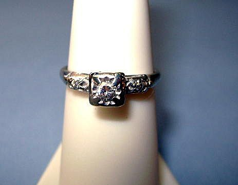 VINTAGE Artcarved Woodcrest  14K  White Gold 40's Engagement Ring  Size tight 6