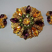 VINTAGE Unsigned Beautiful Brooch and Earrings