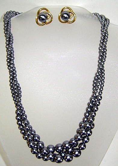 VINTAGE Mallorca Faux Pearls  from Spain   Lovely Gray set.