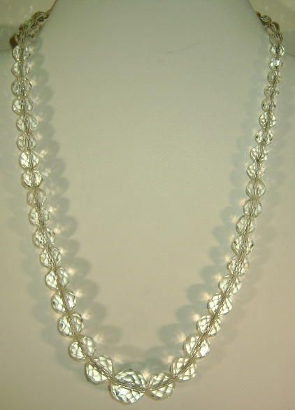 VINTAGE 40'S Glass Faceted Beaded Necklace with Insert Closure.
