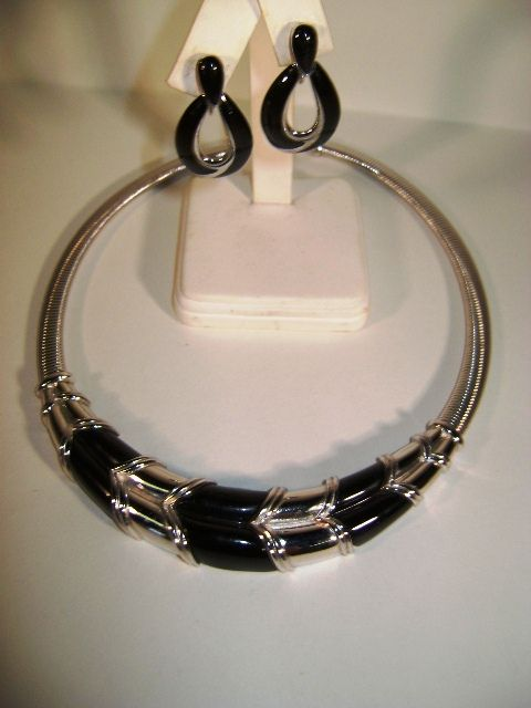 VINTAGE Gas Pipe Necklace with Black Trim and Earrings