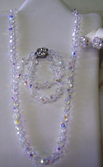 VINTAGE Three Piece Crystal Necklace Bracelet and Earrings