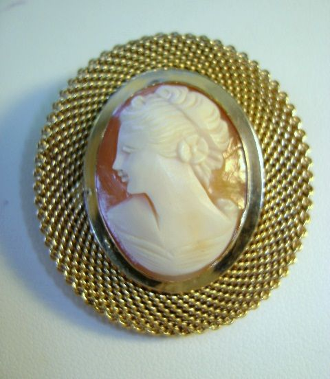 VINTAGE Shell Cameo Unusual Double Filigree Edging