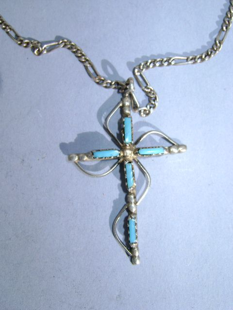 VINTAGE Zuni Made Peti-point Cross and Sterling  1 1/2 inch tall