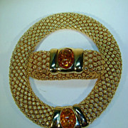 VINTAGE Stovepipe style Necklace and Bracelet  Magnet Closure