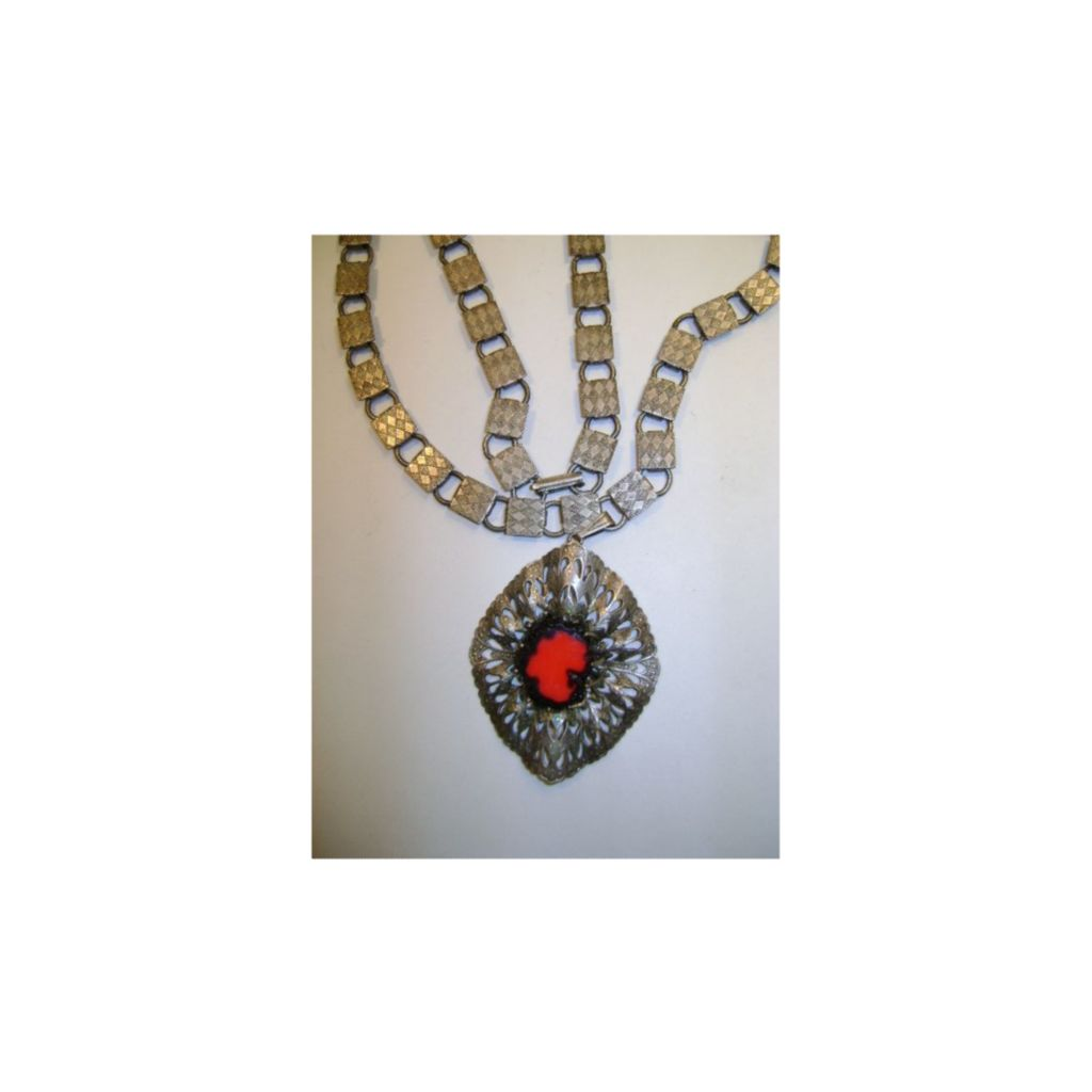 VINTAGE Hobe' Chain and Pendant Necklace Different Chain