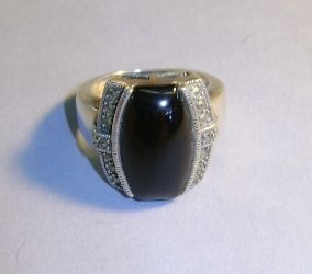 VINTAGE Sterling and Marcsite Ring with Black Onyx  Size 7