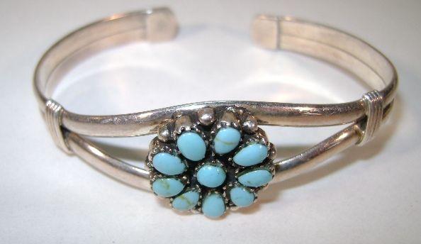 VINTAGE  Indian-made Turquoise bracelet Nice Size