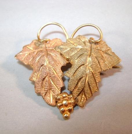 VINTAGE Black Hills Gold Lapel Brooch or Pendant 12K Gold