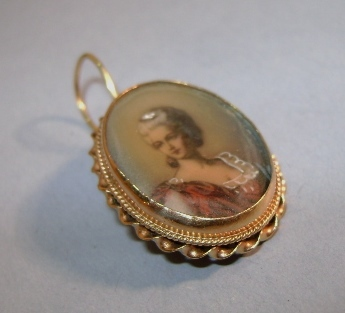 VICTORIAN Ladies Hand-painted Miniature  Pendant 14K