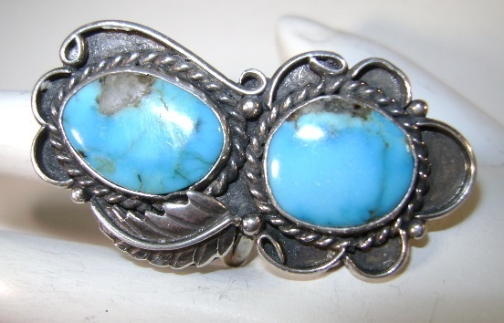 VINTAGE  Impressive Sterling and Turquoise Middle finger Ring Size 9 +