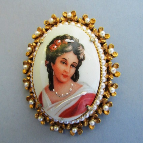 VINTAGE Florenza Hand-painted Limoge France Brooch