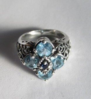 VINTAGE  Sterling 4 Blue Gem with Sapphire Center Size 5 1/2
