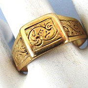 VINTAGE Gold (tested) Frendship Ring J-E-Y  Size 6 1/2