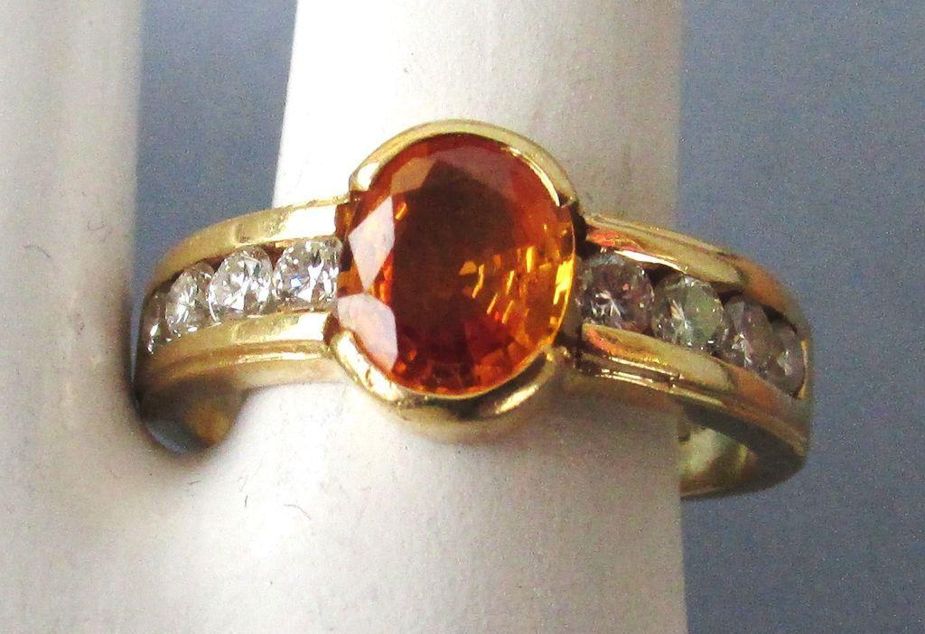 VINTAGE 18K Yellow Gold Diamonds and Citrine Size 71/4