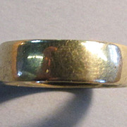 VINTAGE Grandma Golden Ring  Size 5 1/2  1/4 Inch Wide