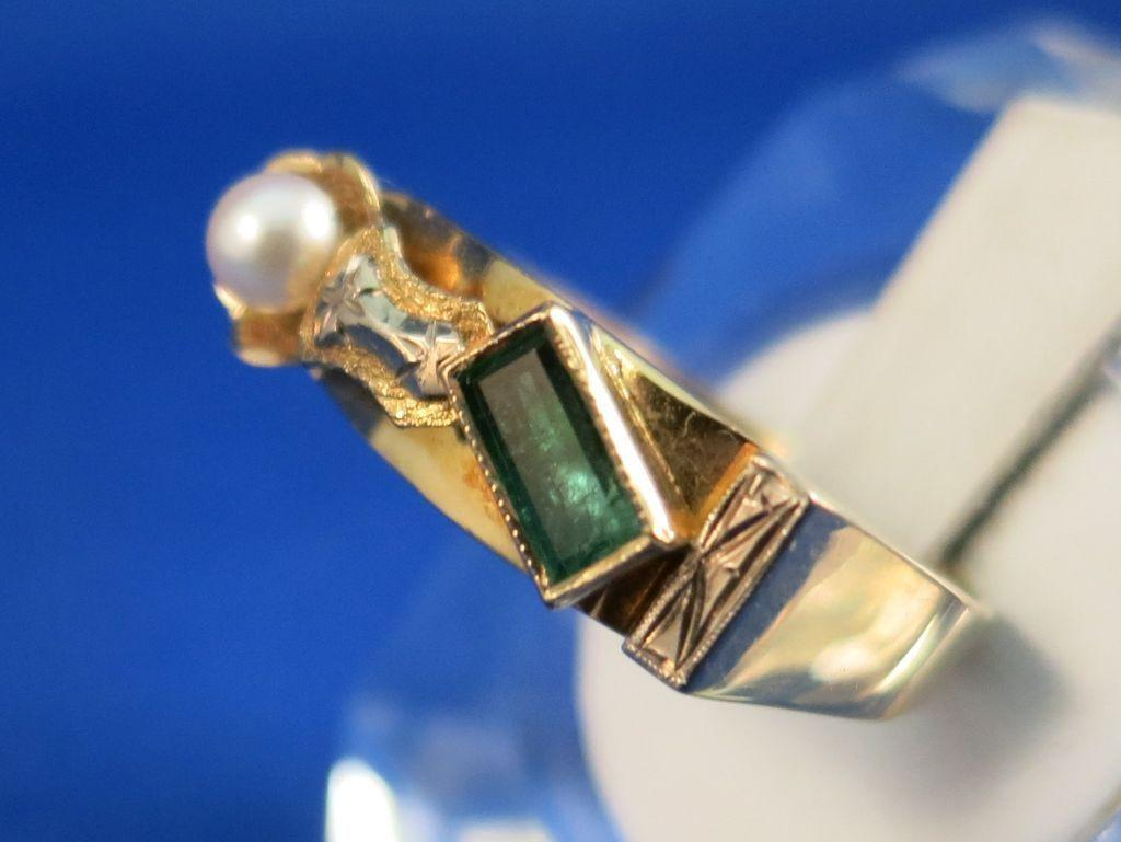 VINTAGE Hand-made 18K Art Class Project Emerald Pearl Beautiful Ring  Size 9