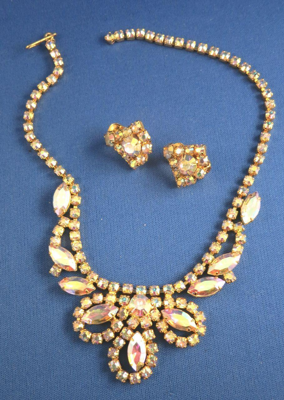 VINTAGE Bright Beautiful Bold 60'S Rhinestone Necklace and Earrings