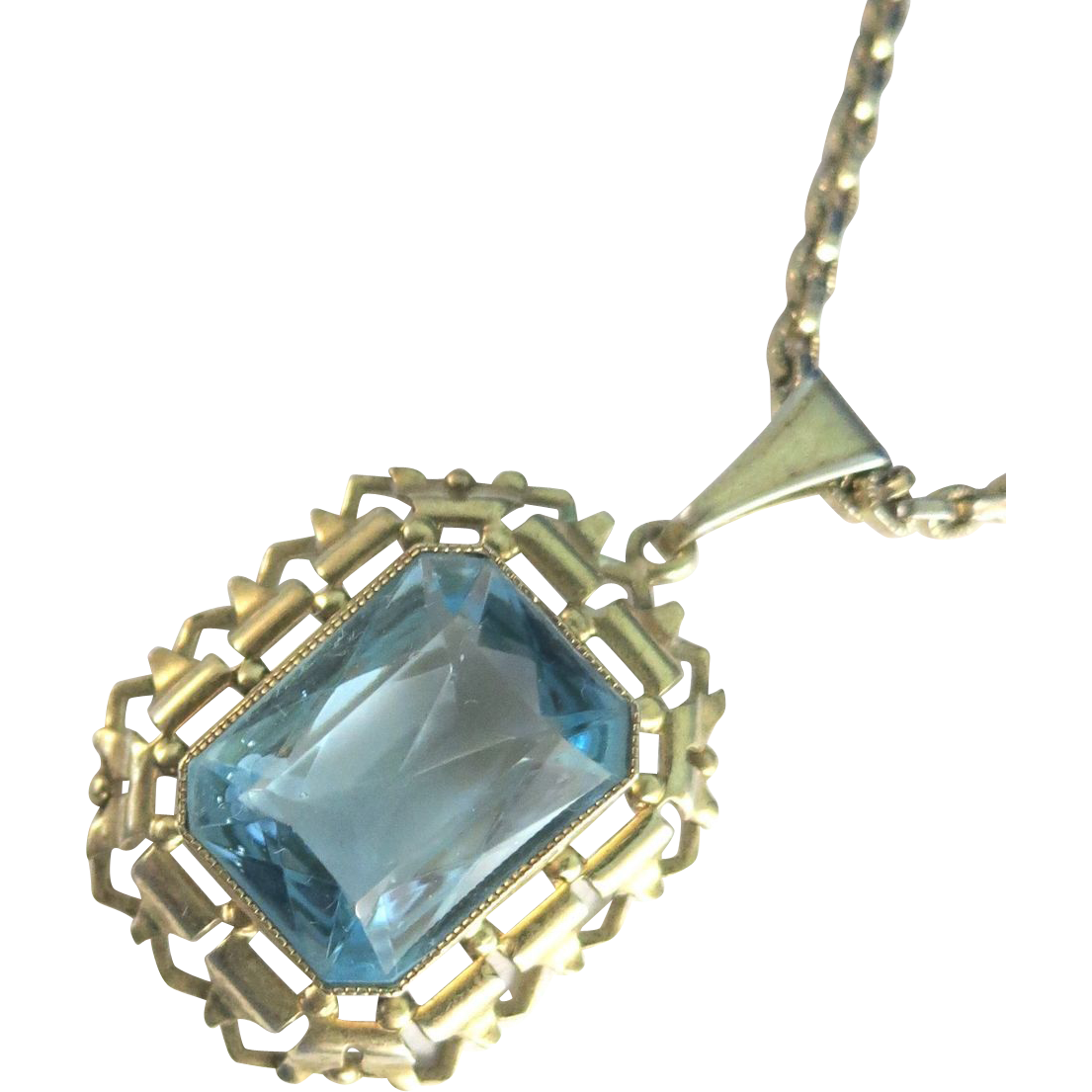 VINTAGE Whiting and Davis Chain and Aquamarine Pendant