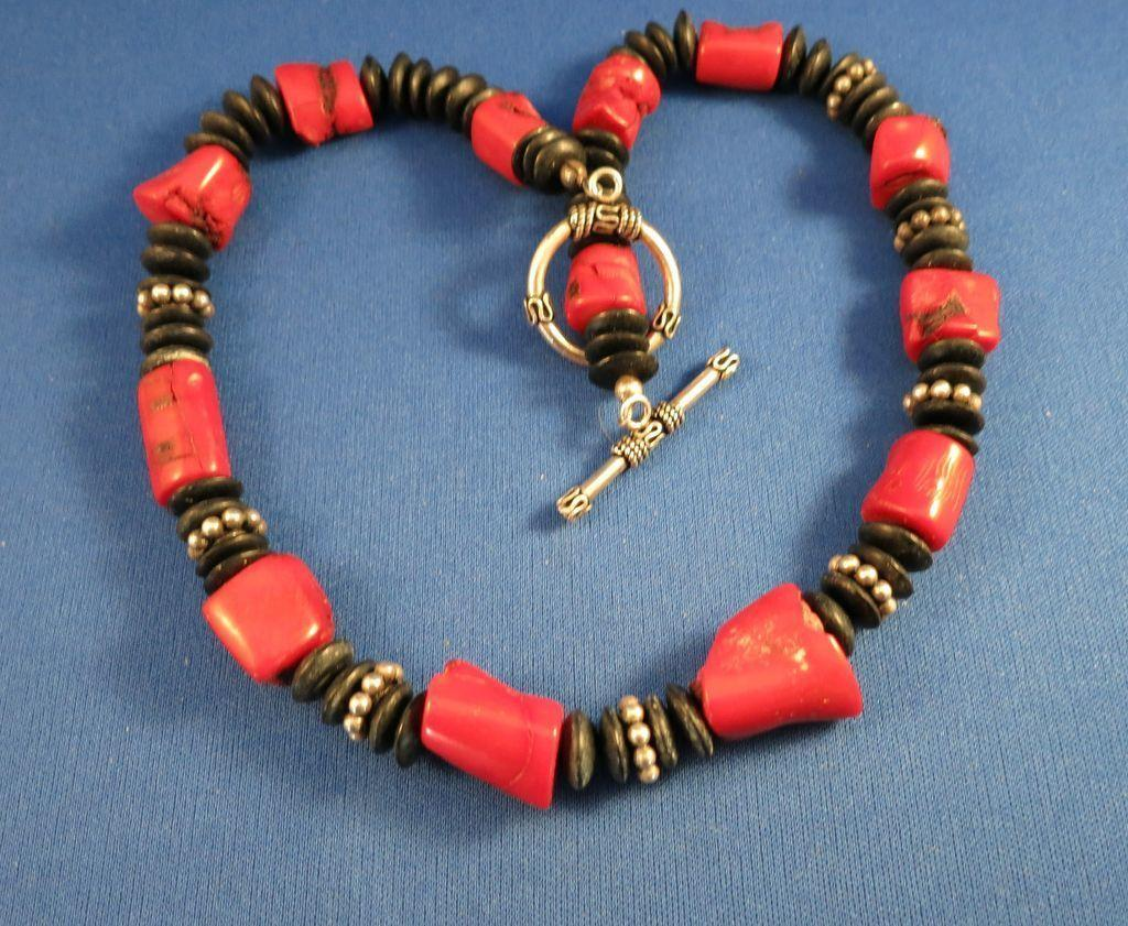 VINTAGE Bamboo Coral Necklace with Indian Beads