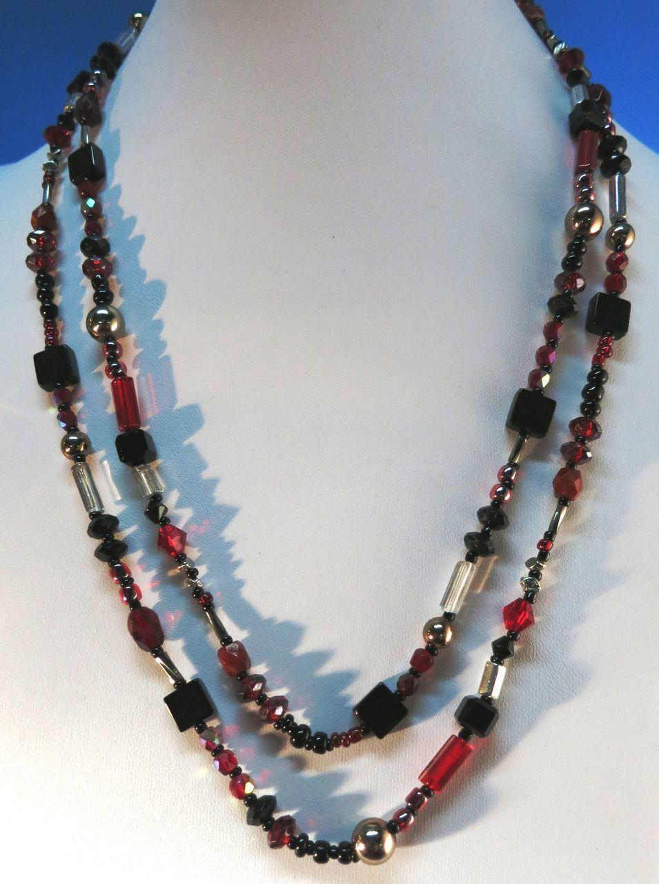 VINTAGE Endless String Glass Necklace 44 inches for Doubling or Knotting