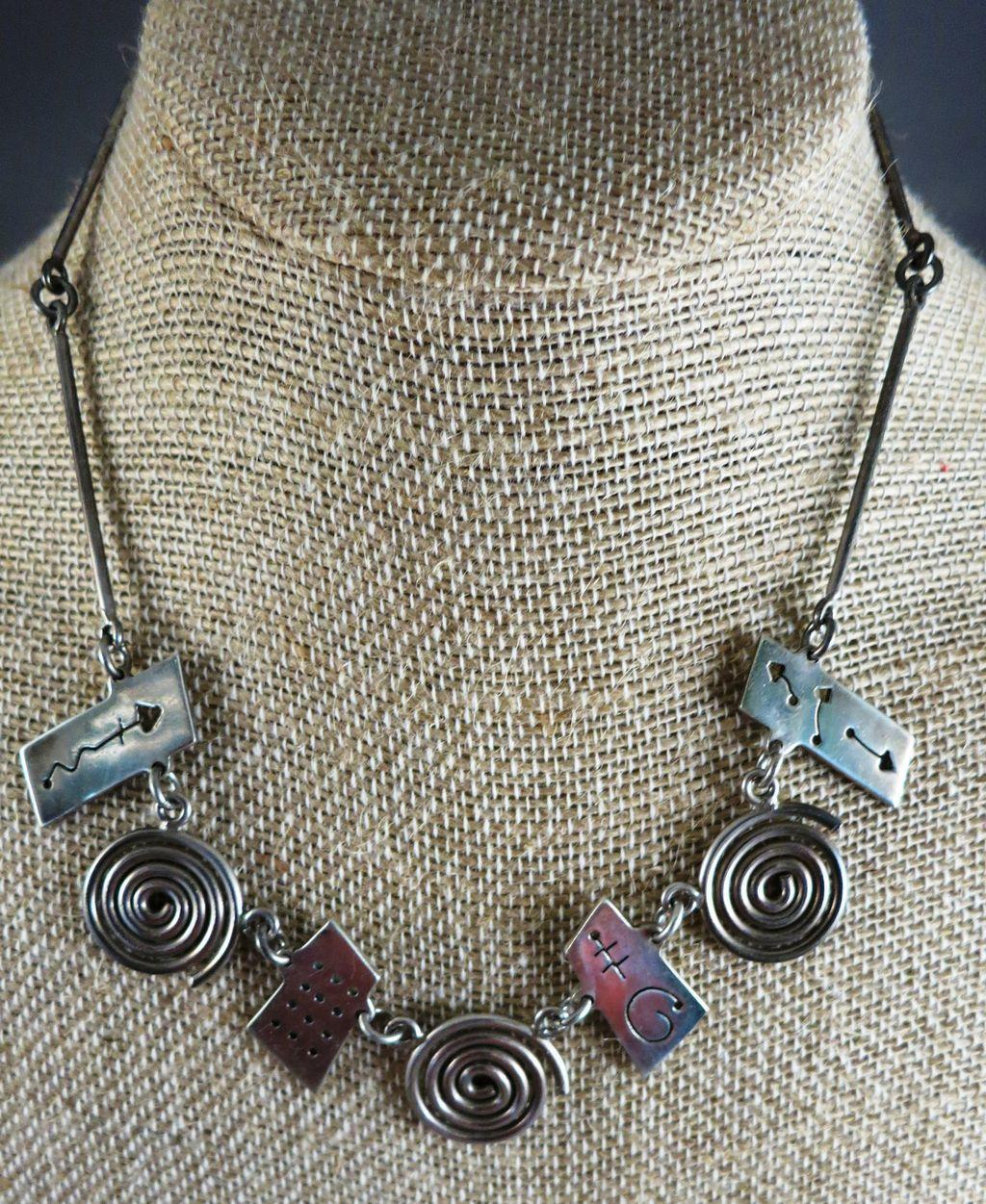 VINTAGE Mexican Sterling Interesting Necklace